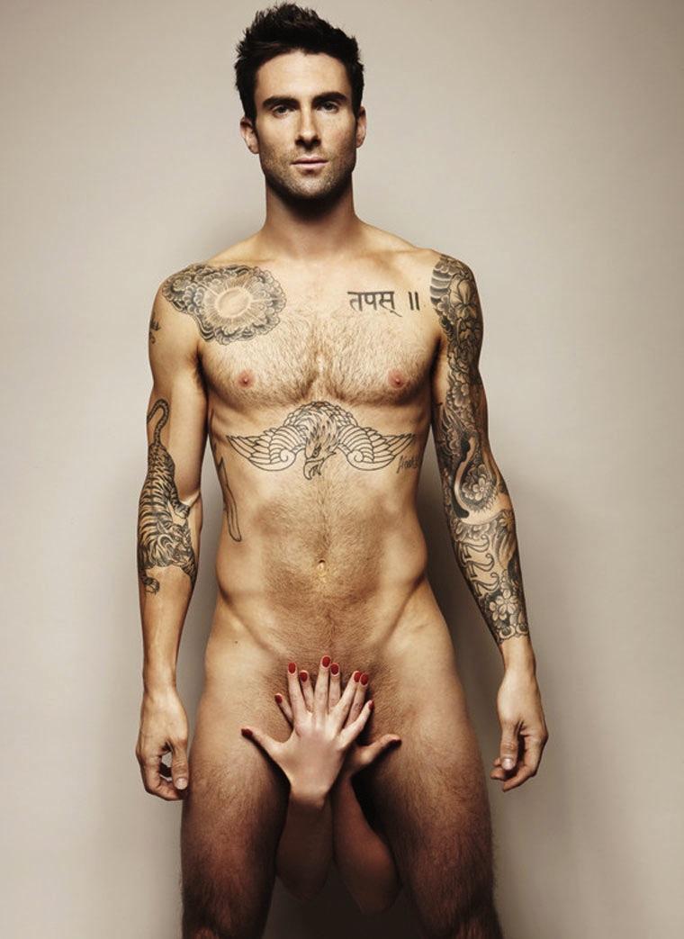 adam-levine-naked-1