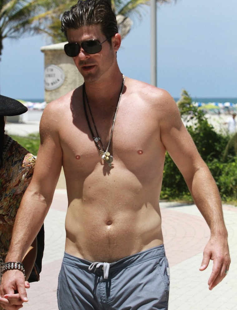 Robin Thicke shirtless