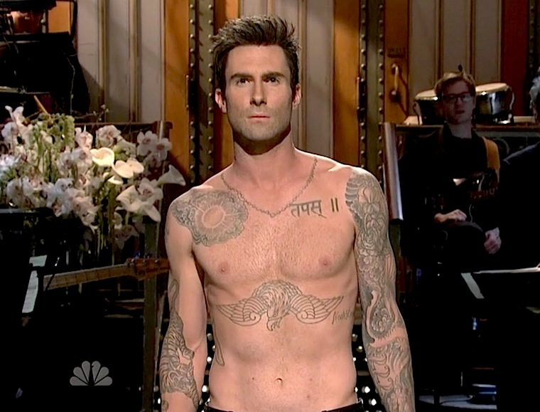 adam levine shirtless