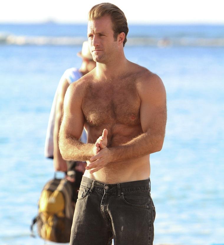 Scott Caan shirtless