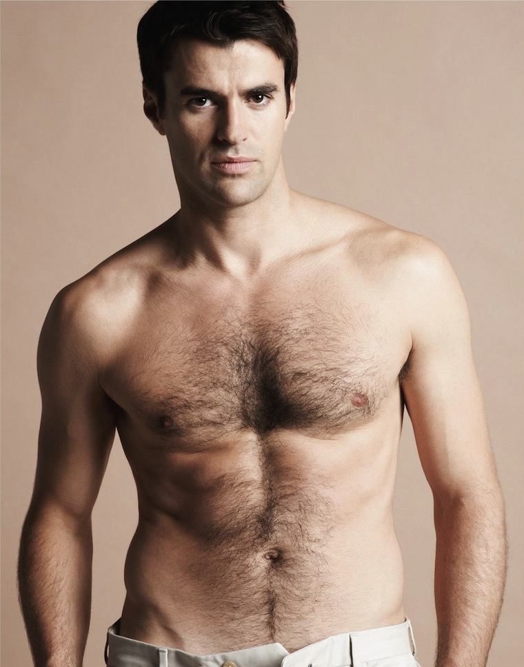steve jones shirtless 101