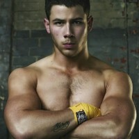 nick jonas shirtless 01