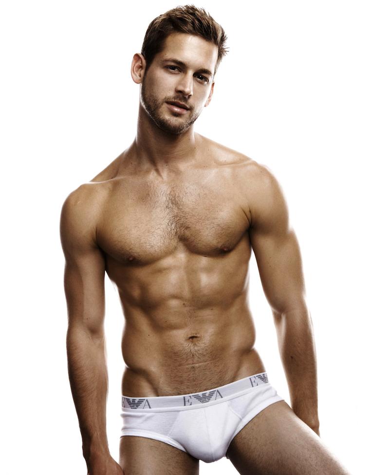Male model cody cummings