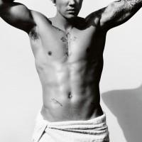 justin bieber shirtless 001