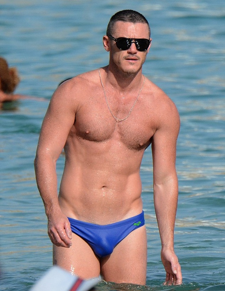 Gay Male Speedo 11