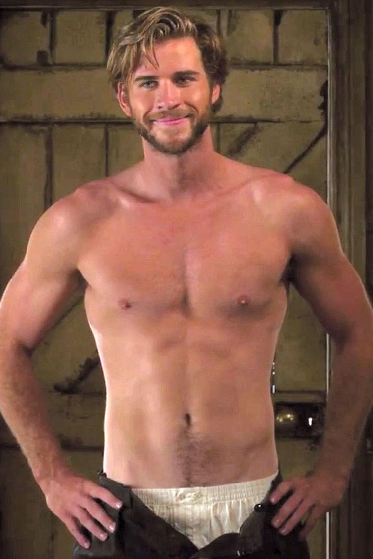 Liam Hemsworth1
