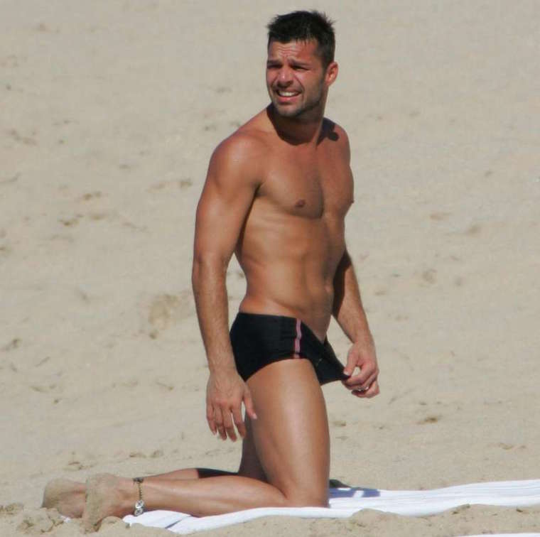 Naked Pictures Of Ricky Martin 15