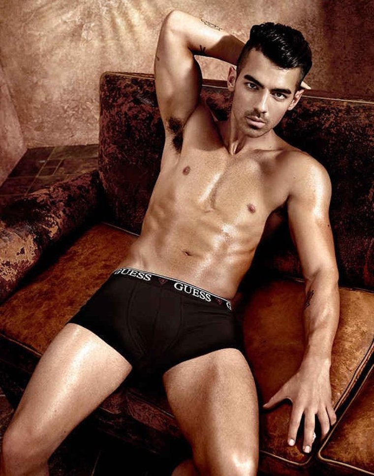 joe jonas underwear 01