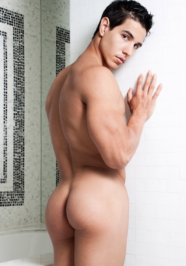 Alan Nude 4
